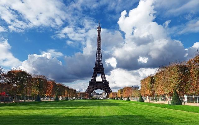 věž v Paříži.jpg